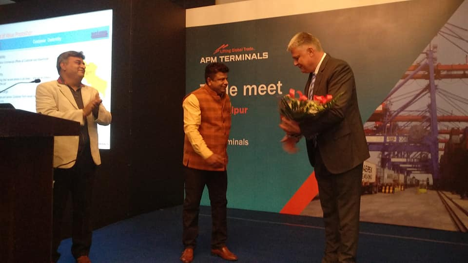 Mr. Pedersen (Right) felicitated by the senior members of shipping trade of Rajasthan during the trade meet